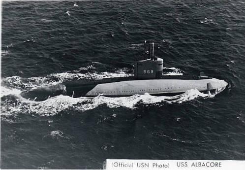 1er aout 1953 lancement de AGSS569 ALBACORE aux USA Ss569_10