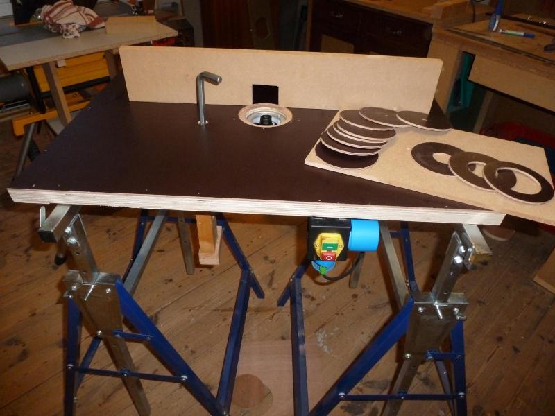 Encore une table de défonçeuse... Tb0111