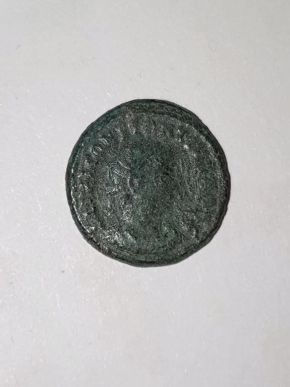 Nummus Constantin ?  Pictur39