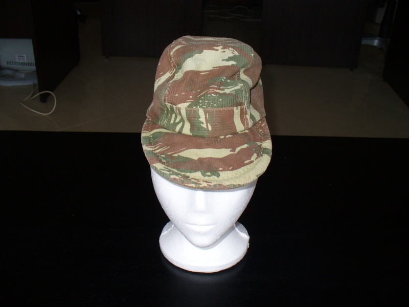 Unknown Camo Hat - Please assist in identification if you can P1060010