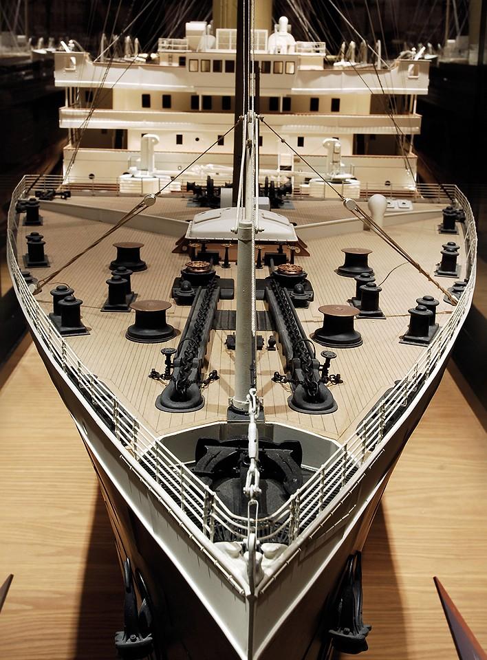 titanic - Modifiche e Correzioni Titanic Hachette by bianco64squalo - Pagina 10 Prua10