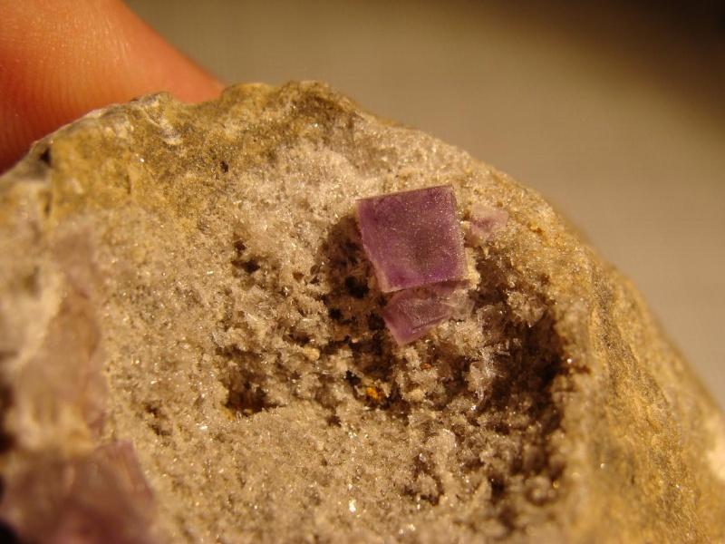 Fluorites d'autres provenances en Belgique - Page 2 Dsc03620