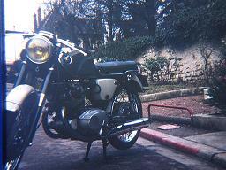 Fan des Honda CB 72,77,92 des années 60 Tuning10