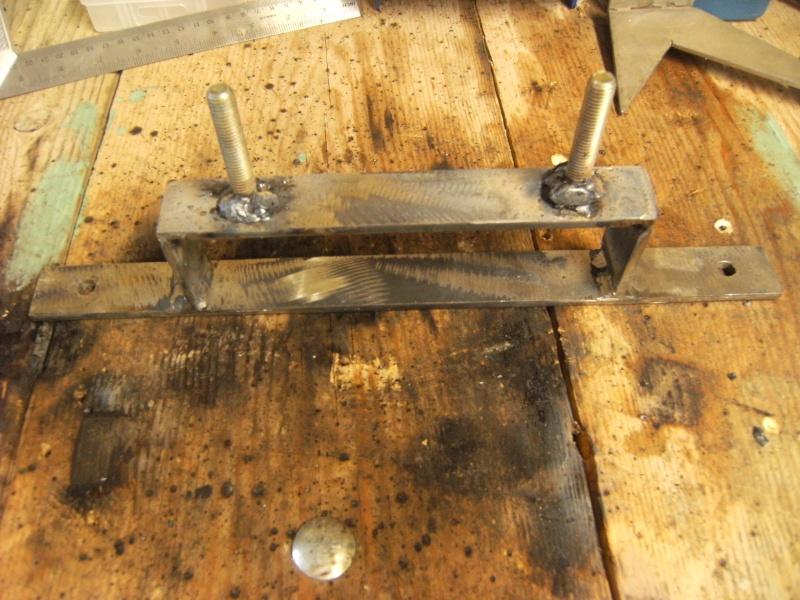 Fabrication support roue de secours  Suppor14