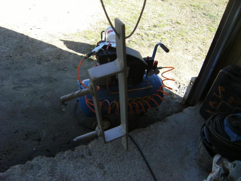Fabrication support roue de secours  Suppor20