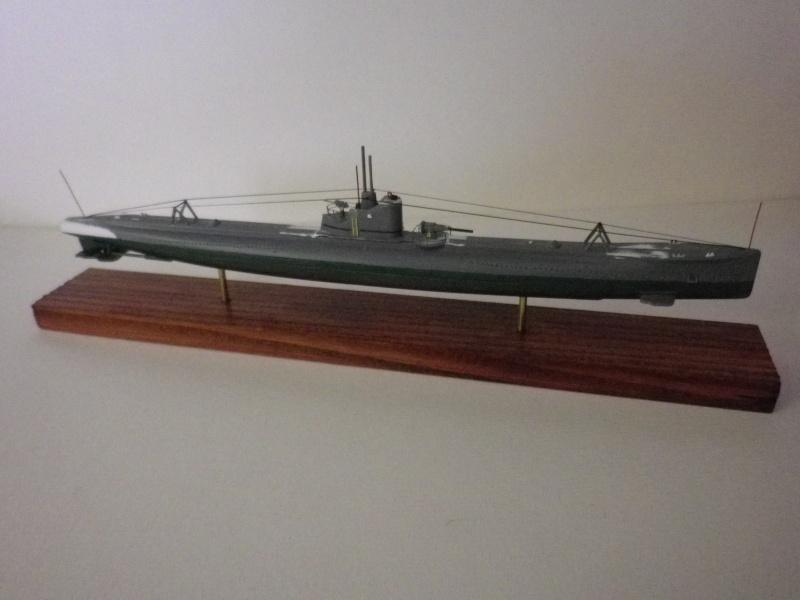 Encore- Models:Sous marins Russe au 1/400 - Page 2 Imgp3339