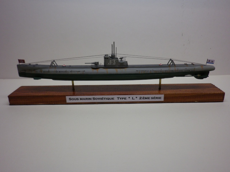 Encore- Models:Sous marins Russe au 1/400 - Page 2 Imgp3345
