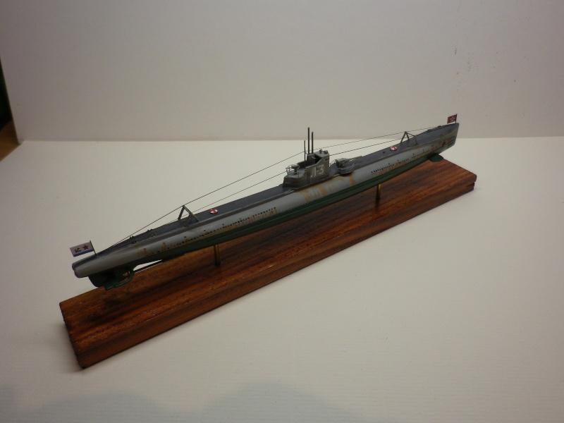 Encore- Models:Sous marins Russe au 1/400 - Page 2 Imgp3348