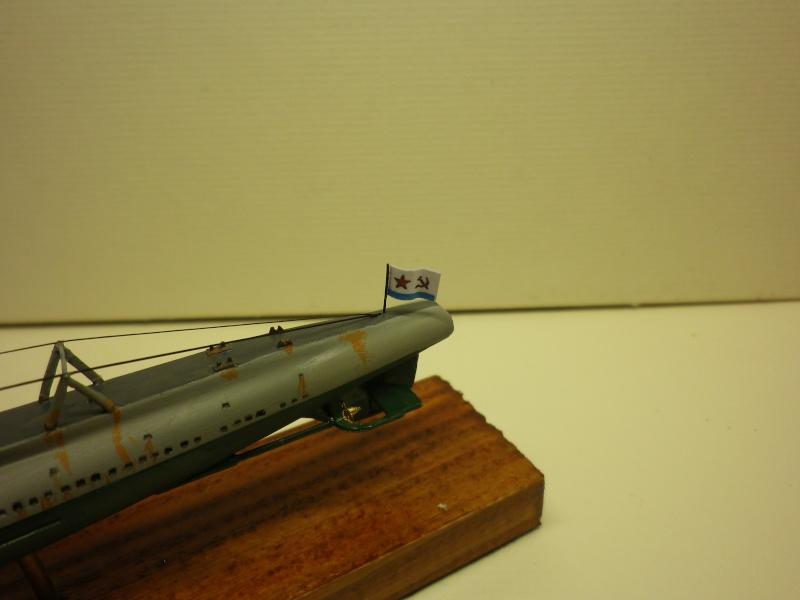 Encore- Models:Sous marins Russe au 1/400 - Page 2 Imgp3354