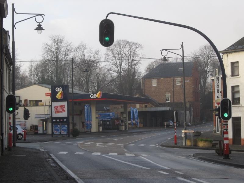 STREET VIEW : les enseignes de stations carburant / essence - Page 7 Img_4611