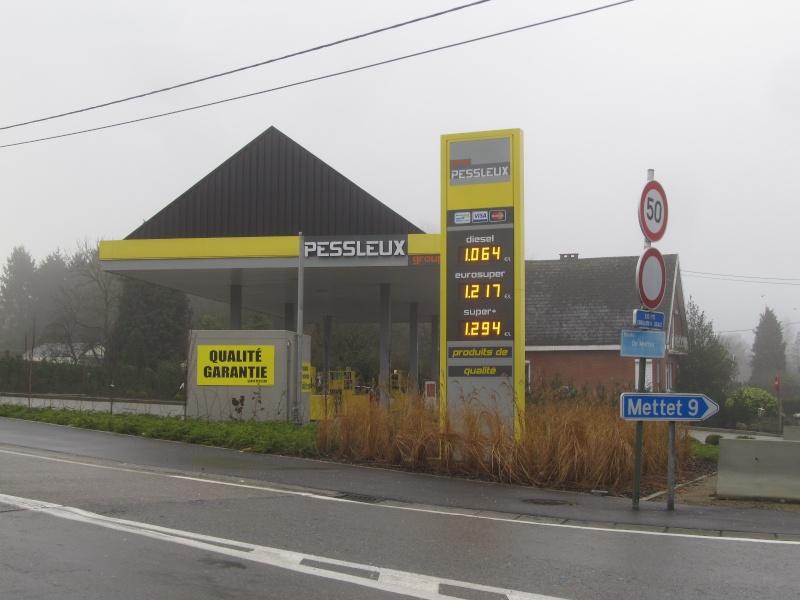 STREET VIEW : les enseignes de stations carburant / essence - Page 7 Img_4711