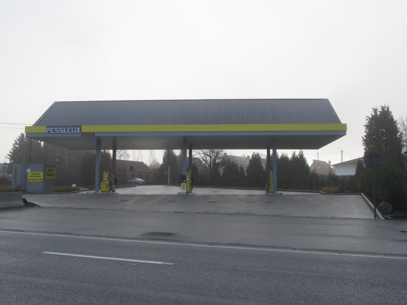 STREET VIEW : les enseignes de stations carburant / essence - Page 7 Img_4712