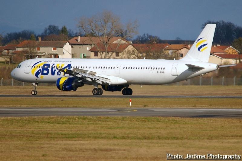 Compagnie Bosnian Wand Airlines et son unique Airbus A-321! Imgp1111
