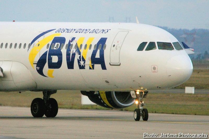 Compagnie Bosnian Wand Airlines et son unique Airbus A-321! Imgp1211
