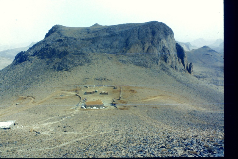 Mon 181 2011-114