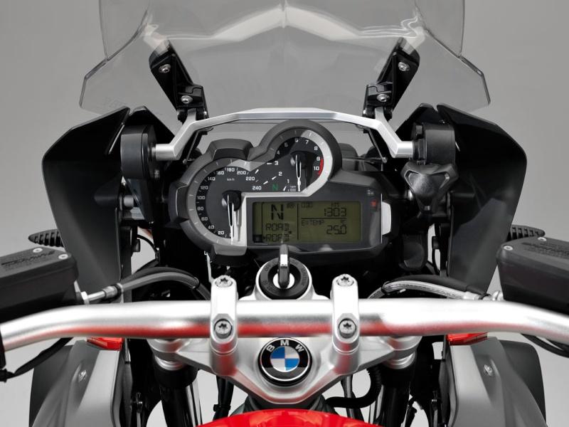 GROSSE CONCURRENCE DE BMW EN 2013 .... Tablea10