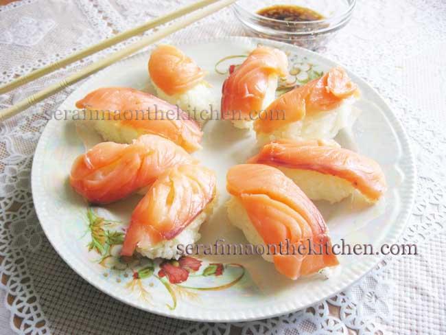 Суши с красной рыбой Pictur25