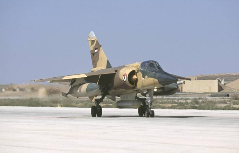 "Mirage F1EJ jordanien (Airfix + décal FFSMC ""désert Mirage F1"", 1/72) F1ej_n10"