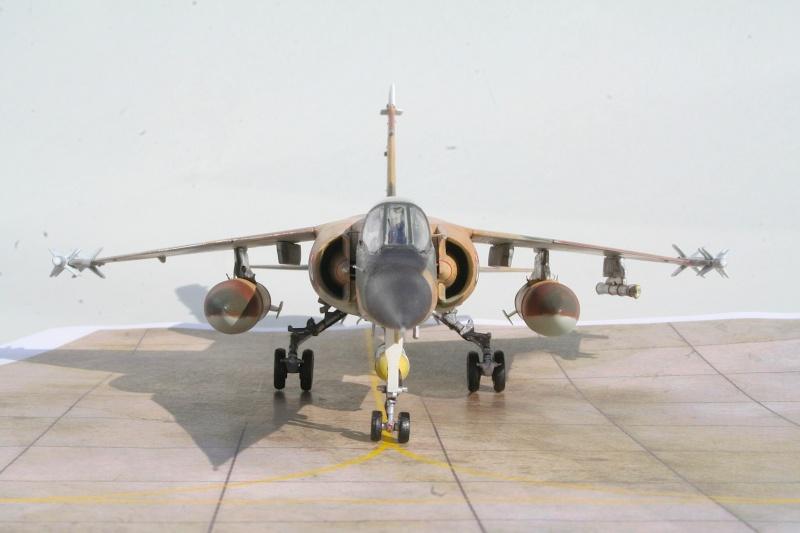 "Mirage F1EJ jordanien (Airfix + décal FFSMC ""désert Mirage F1"", 1/72) Img_6513"