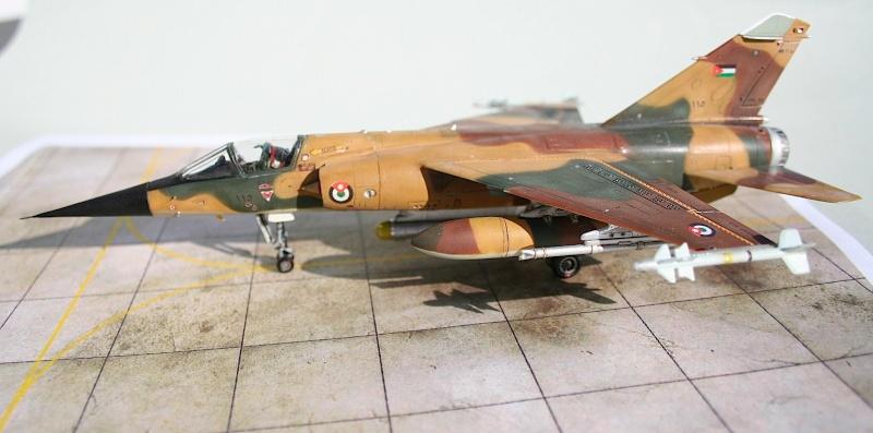 "Mirage F1EJ jordanien (Airfix + décal FFSMC ""désert Mirage F1"", 1/72) Img_6515"