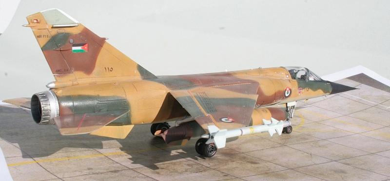 "Mirage F1EJ jordanien (Airfix + décal FFSMC ""désert Mirage F1"", 1/72) Img_6519"