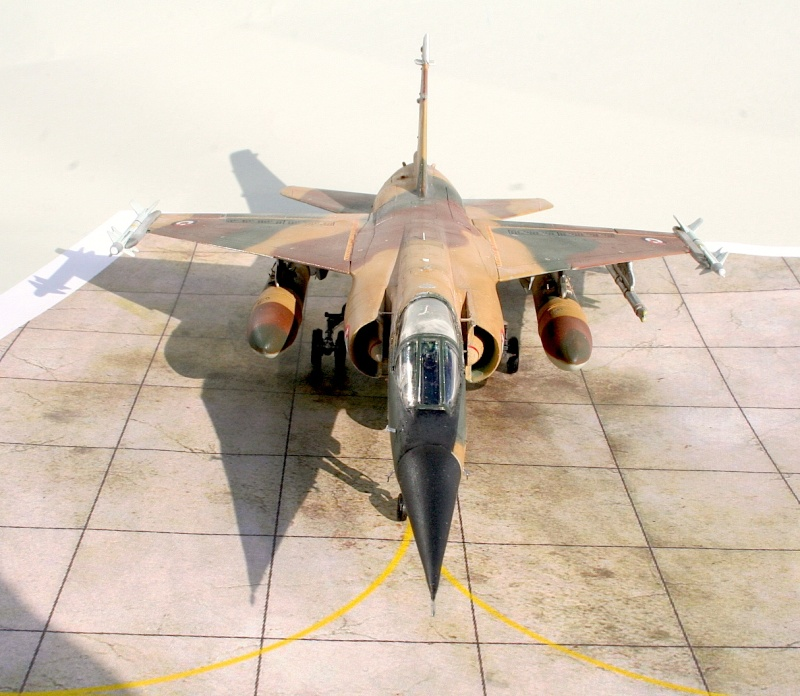 "Mirage F1EJ jordanien (Airfix + décal FFSMC ""désert Mirage F1"", 1/72) Img_6521"