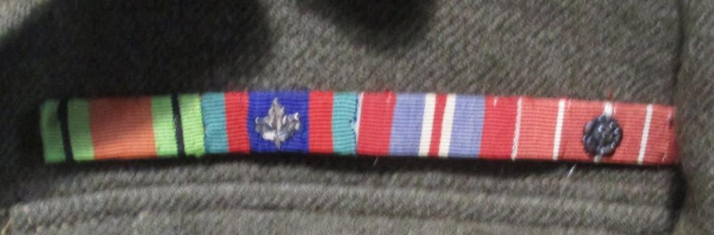 Les uniformes de ville et/ou de permission 111