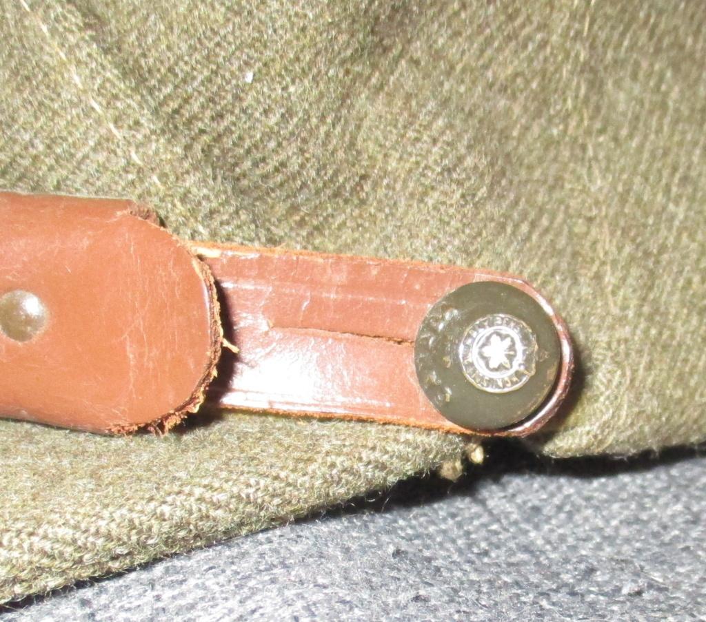 Les uniformes de ville et/ou de permission 410