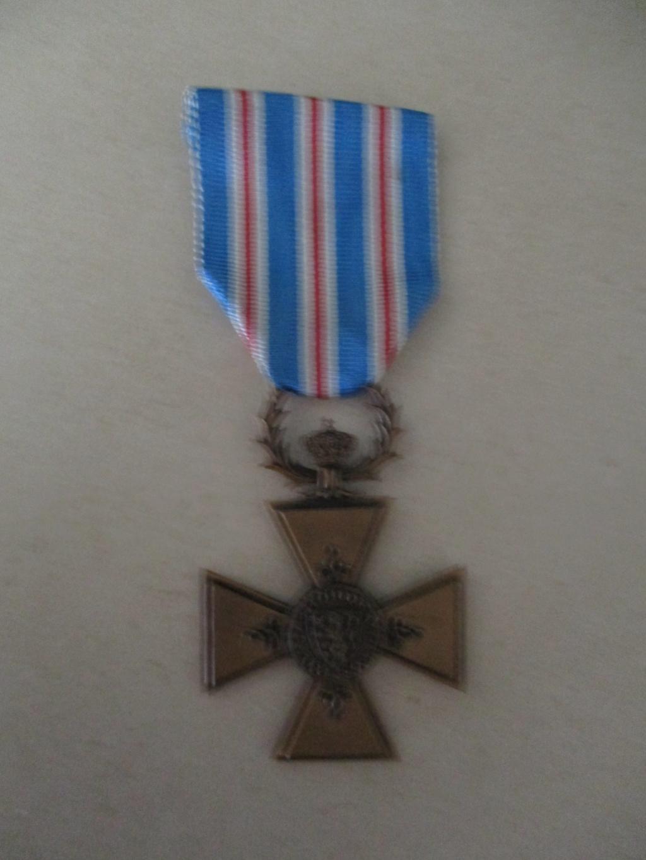 Médailles de la guerre de Corée Croix_12