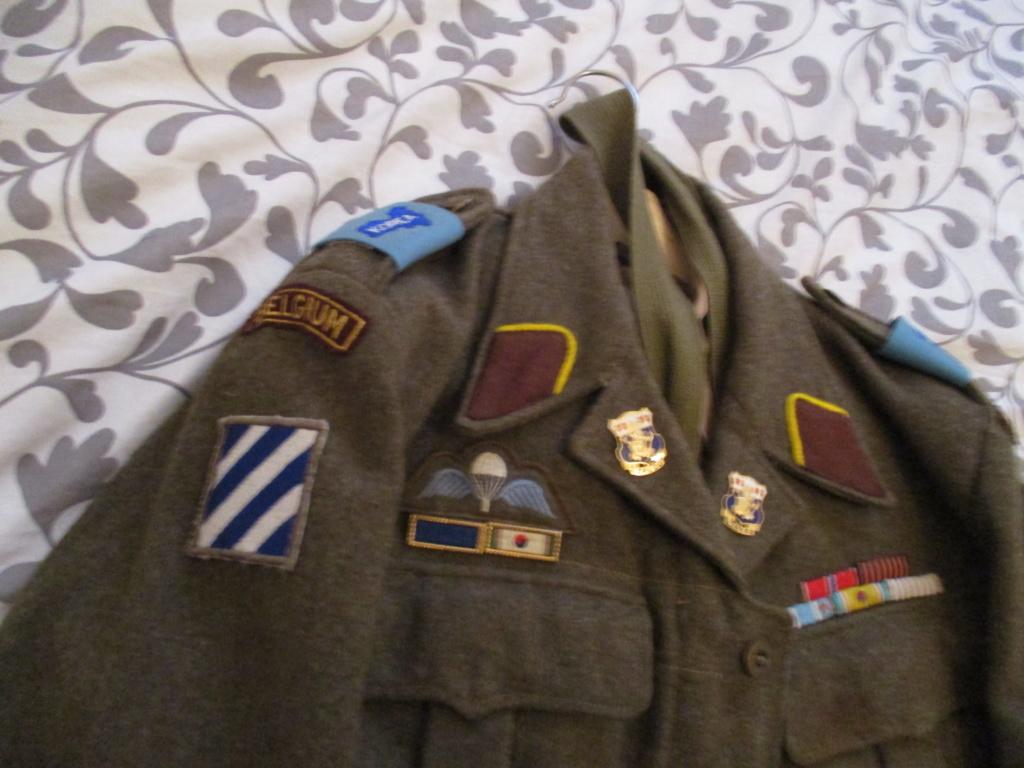 Les uniformes de ville et/ou de permission Img_0215