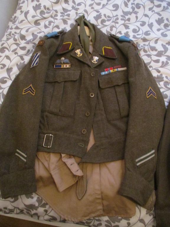 Les uniformes de ville et/ou de permission Img_0216