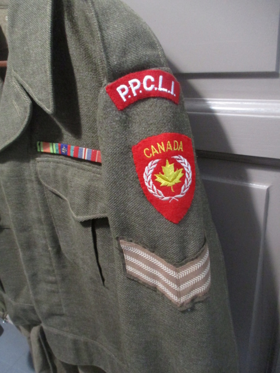 Les uniformes de ville et/ou de permission Img_1317