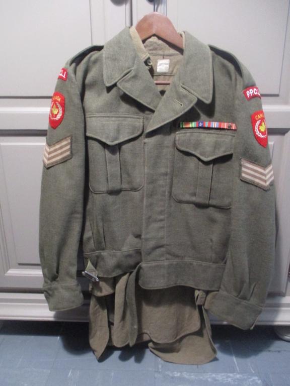 Les uniformes de ville et/ou de permission Img_1318