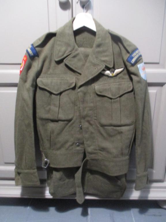 Les uniformes de ville et/ou de permission Img_1320