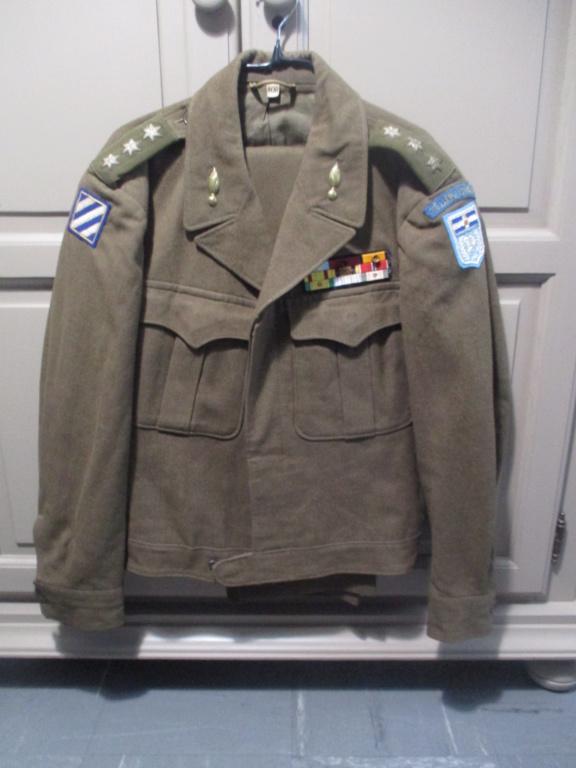 Les uniformes de ville et/ou de permission Img_1329