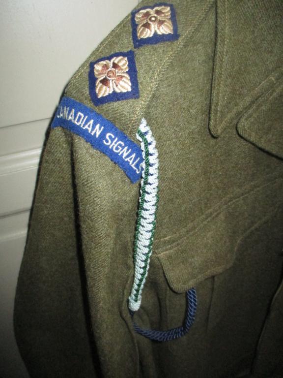 Les uniformes de ville et/ou de permission Img_1420
