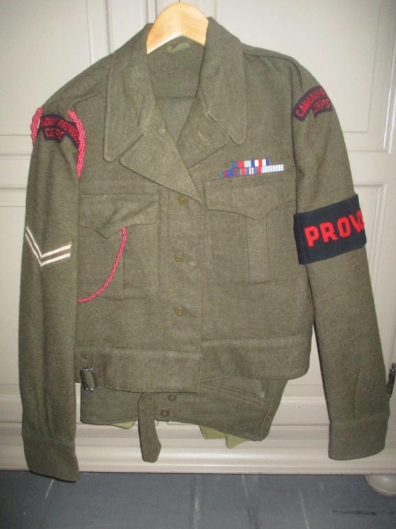 Les uniformes de ville et/ou de permission Img_1428