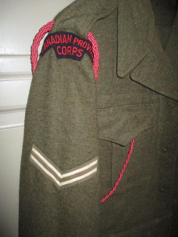 Les uniformes de ville et/ou de permission Img_1429
