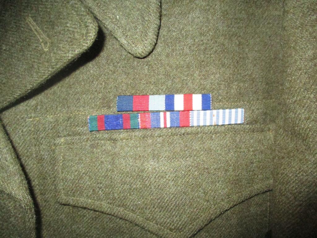 Les uniformes de ville et/ou de permission Img_1430
