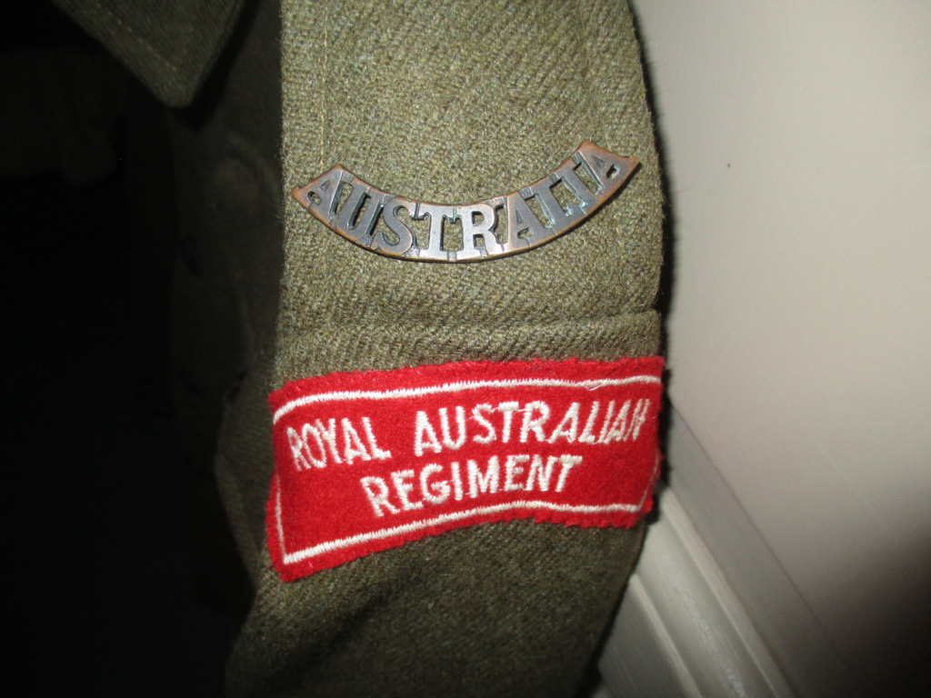 Les uniformes de ville et/ou de permission Img_1436