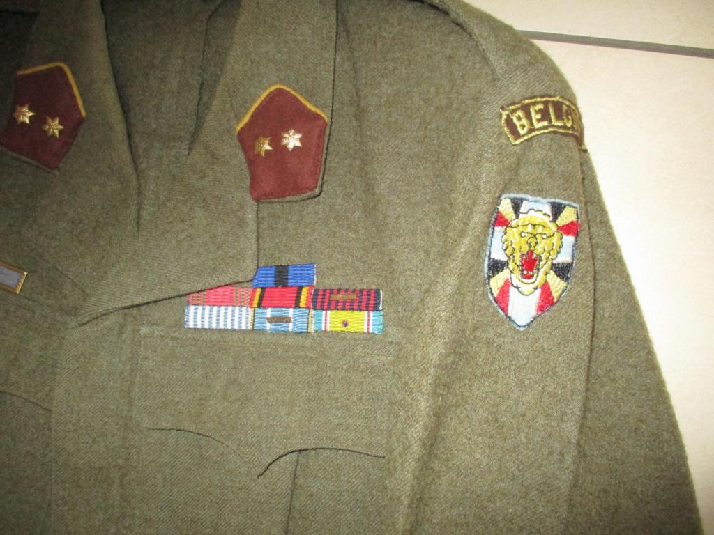 Les uniformes de ville et/ou de permission Img_1712