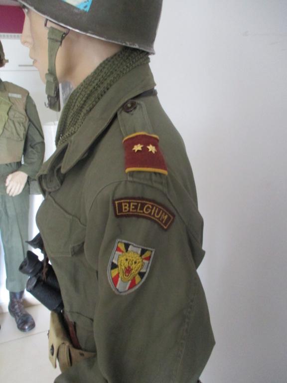 Les uniformes de ville et/ou de permission Img_1715