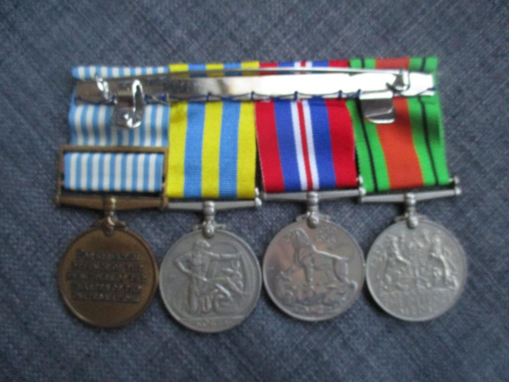 Médailles de la guerre de Corée Img_2012