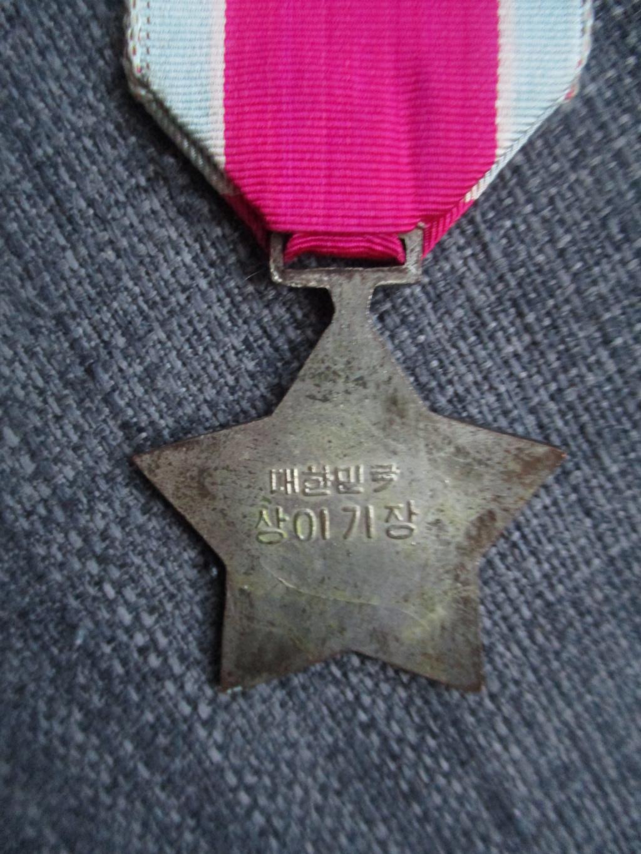 Médailles de la guerre de Corée Img_2021