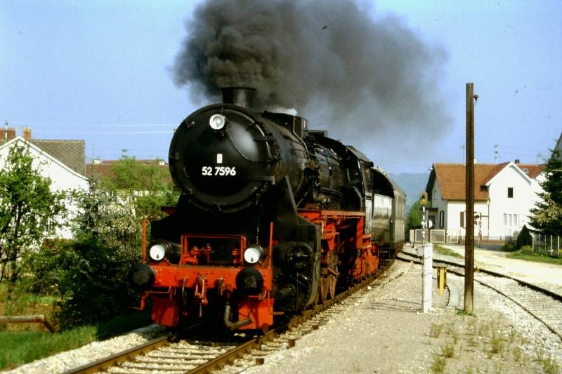 52 7596 der Eisenbahnfreunde Zollernbahn 2015-105