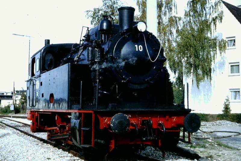 Lok 10 ehemalige EFZ Lok vom Typ Knapsack 2015-107