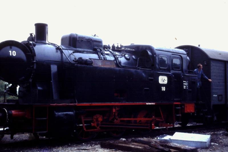 Lok 10 ehemalige EFZ Lok vom Typ Knapsack 2015-111