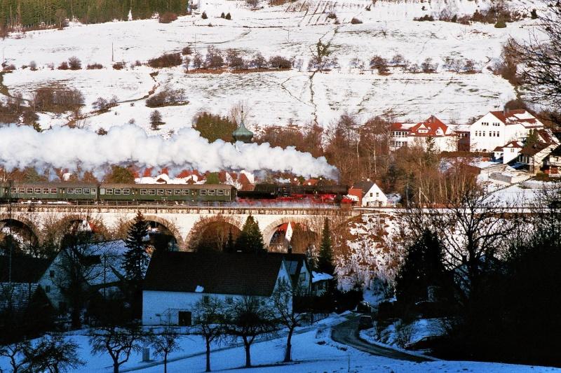 52 7596 der Eisenbahnfreunde Zollernbahn 2015-128