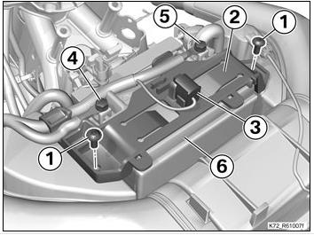 F650GS : a quoi sert ce connecteur ?? Connec10