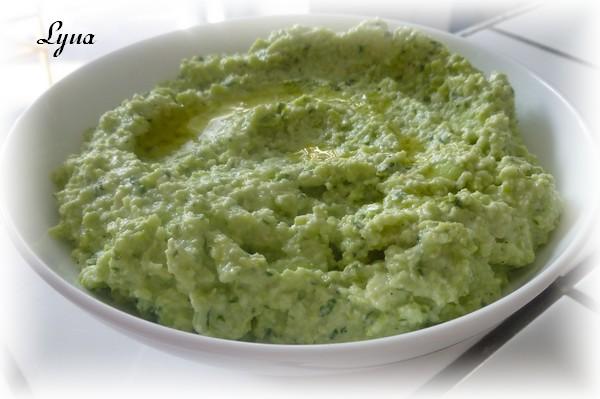 Hummus d'edamame avec tahini maison Hummus11